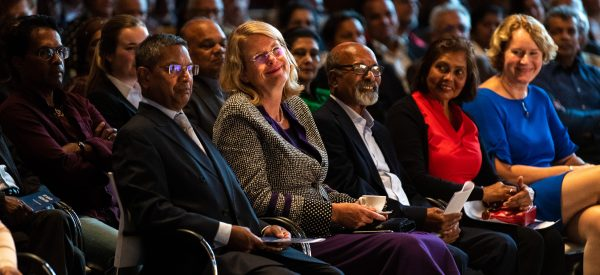 31 augustus 2018 Jit Narain Lezing in de Nieuwe Kerk te Den Haag met Prof. dr. Michiel van Kempen en Burgemeester Krikke